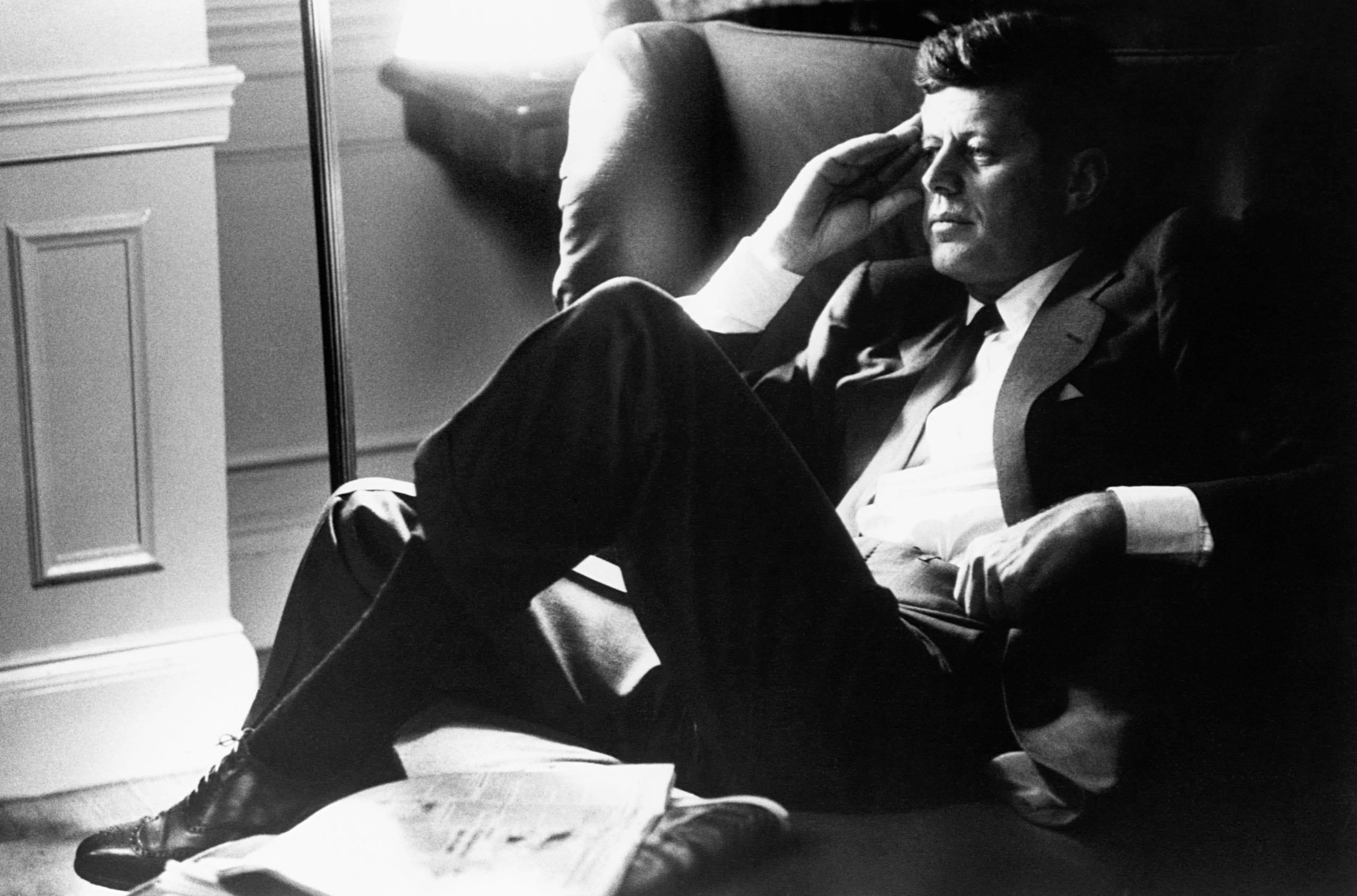 Kas nužudė JFK?